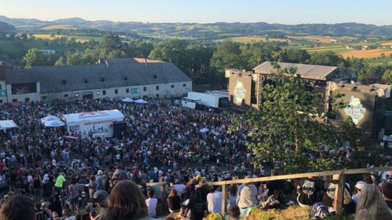 Szomszédolás: az ausztriai Clamnak komoly lesz a nyári koncertfelhozatala