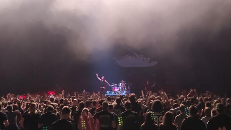 A Papa Roach óriási bulit csapott az Arénában