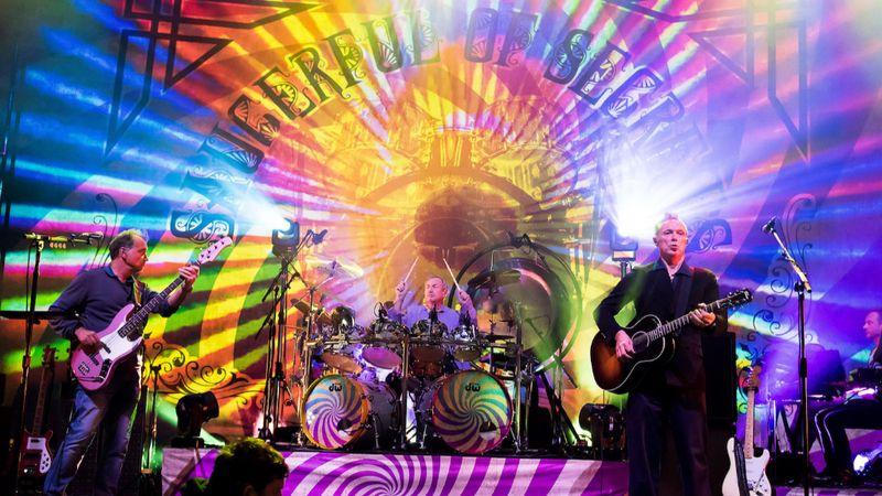 A Pink Floyd mindenkori dobosa kétszer is megjelenik Budapesten