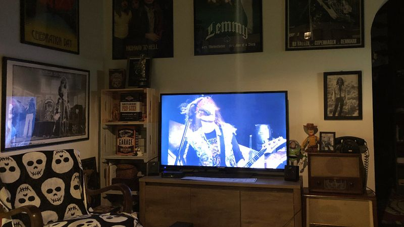Az este, amikor Tankcsapda-koncert volt a nappalimban