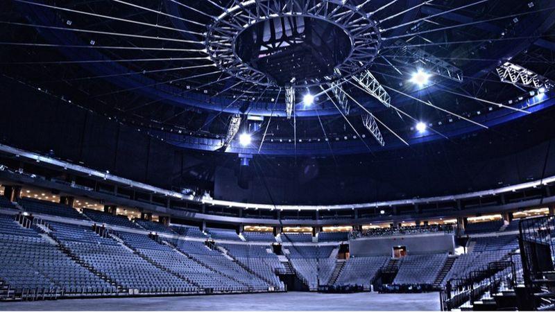 SEMMIFESZTIVÁL: A csehek ezrei váltanak jegyet nem létező koncertekre és színházi előadásokra