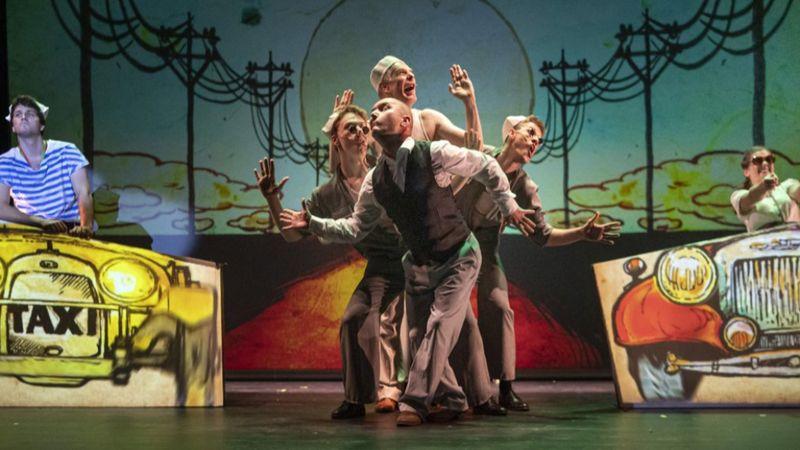 Zenés képregényszínház a Budapest Bárral