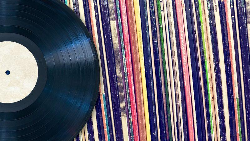 A 100. óriási lemezgyűjtő-buli lesz szeptemberben Óbudán