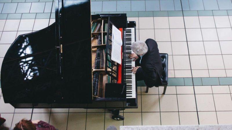 Decemberig tart az ingyenes koncertfolyam  – jön a márciusban elhalasztott Bach fesztivál