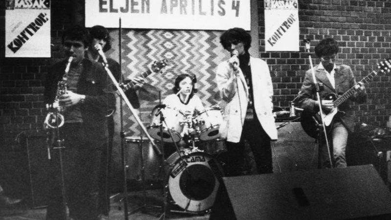 A ős Kontroll Csoport koncertje a Kassák Klubban 1981. április 4-én, még azelőtt, hogy Müller Péter belépett a zenekarba/Fortepan