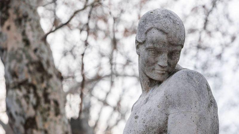 Ady Endre sírja a Fiumei úti sírkertben (NÖRI)