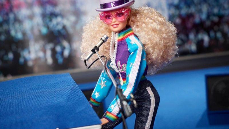 Elton John saját Barbie-t kapott az évfordulójára