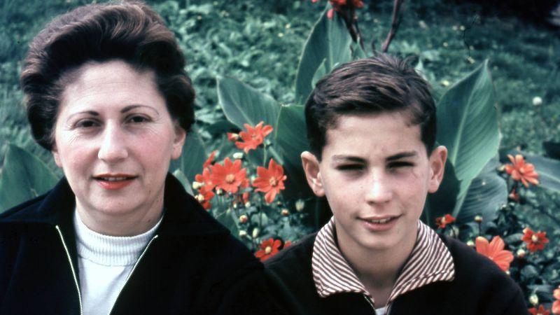 Hajdú Eszter filmjének középpontjában az anya-fiú kapcsolat áll.