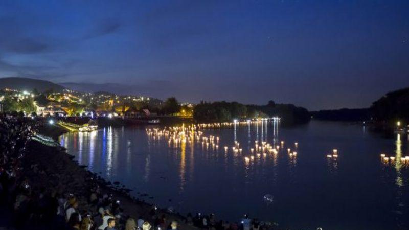 Gyertyaúsztatással, koncertekkel ünnepli a Dunát Szentendre