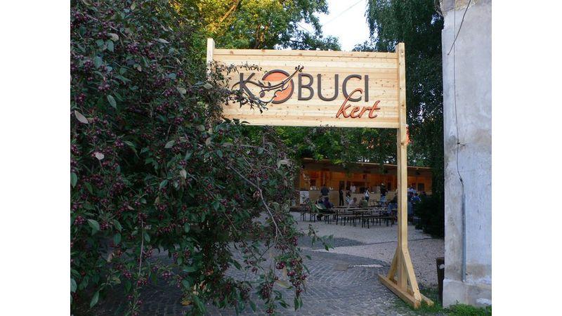 Véghajrá a Kobuci kertben – Magyar Dal Napjával