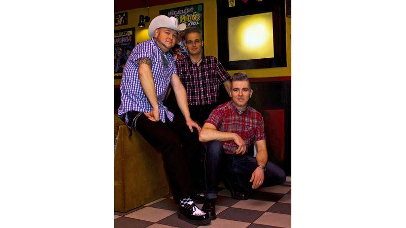 Swing vs. rockabilly – a zene gyökerei szemtől szemben a New Orleans klubban