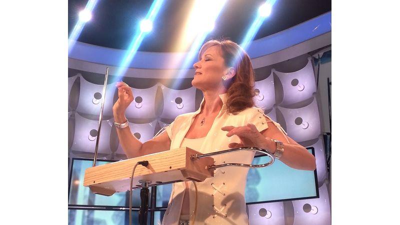 Illényi Katica The Akademia Music Award elismerésben részesült