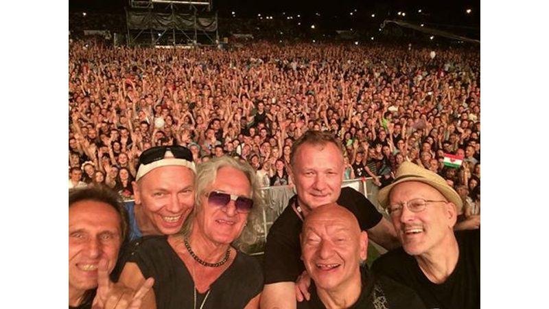 Queen + Adam Lambert és lengyel zenekarok – Life Festival, Lengyelország