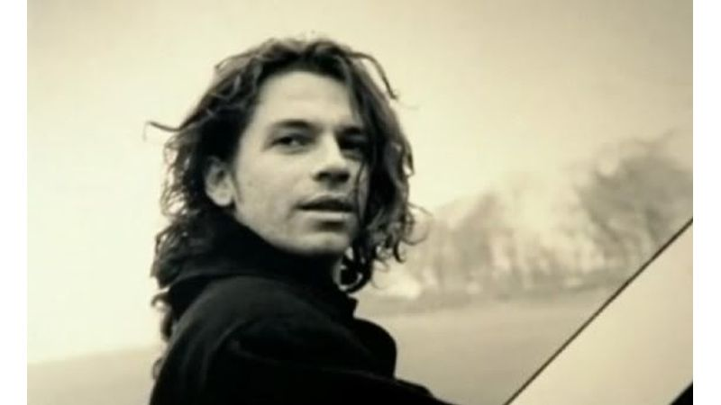 The Loved One – 60 éves lenne ma Michael Hutchence
