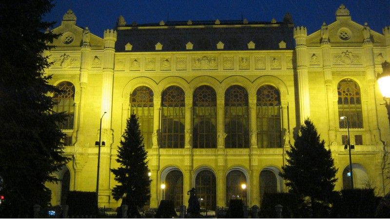 Ünnepi koncertek a Pesti Vigadóban