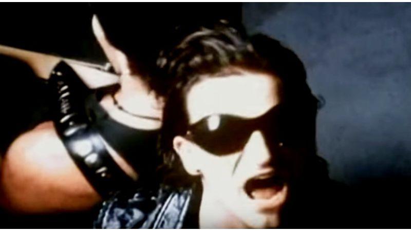 Plágiummal vádolja a U2-t és Bonót egy brit dalszerző