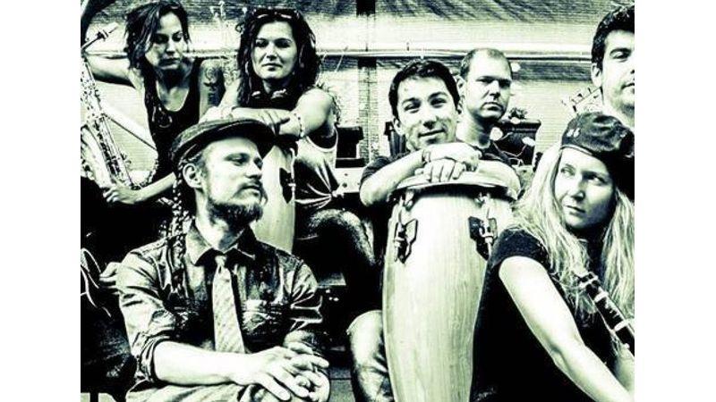 Lengyel swing és latin ritmusok: élőzene az Esernyősben!