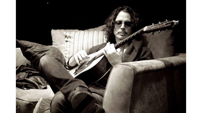 Öngyilkos lett Chris Cornell