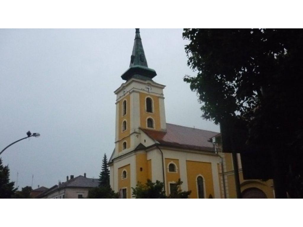 Római Katolikus Szentháromság Templom (Balassagyarmat)