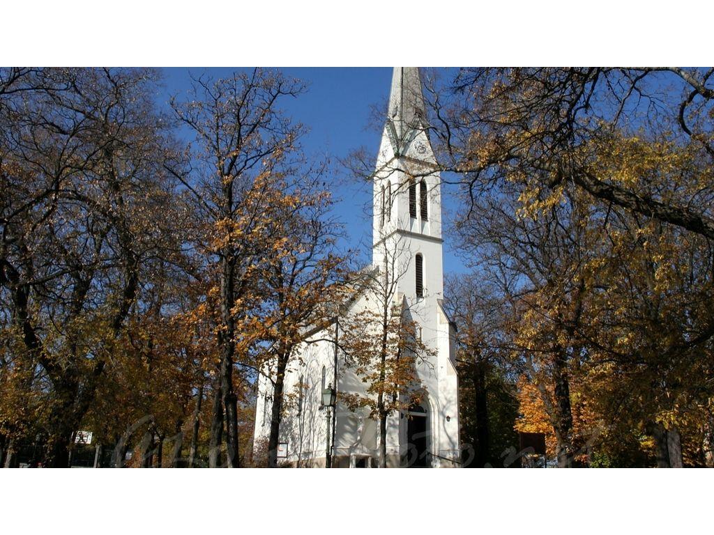 Istenhegyi Szent László Templom