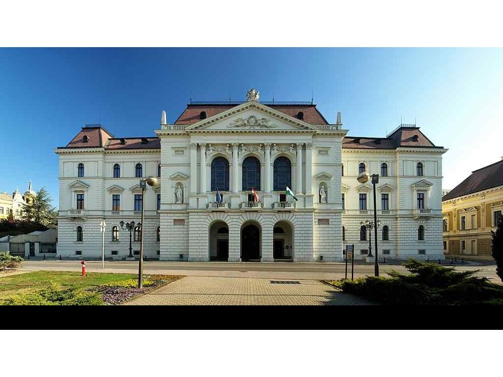 Megyeháza - Veszprém
