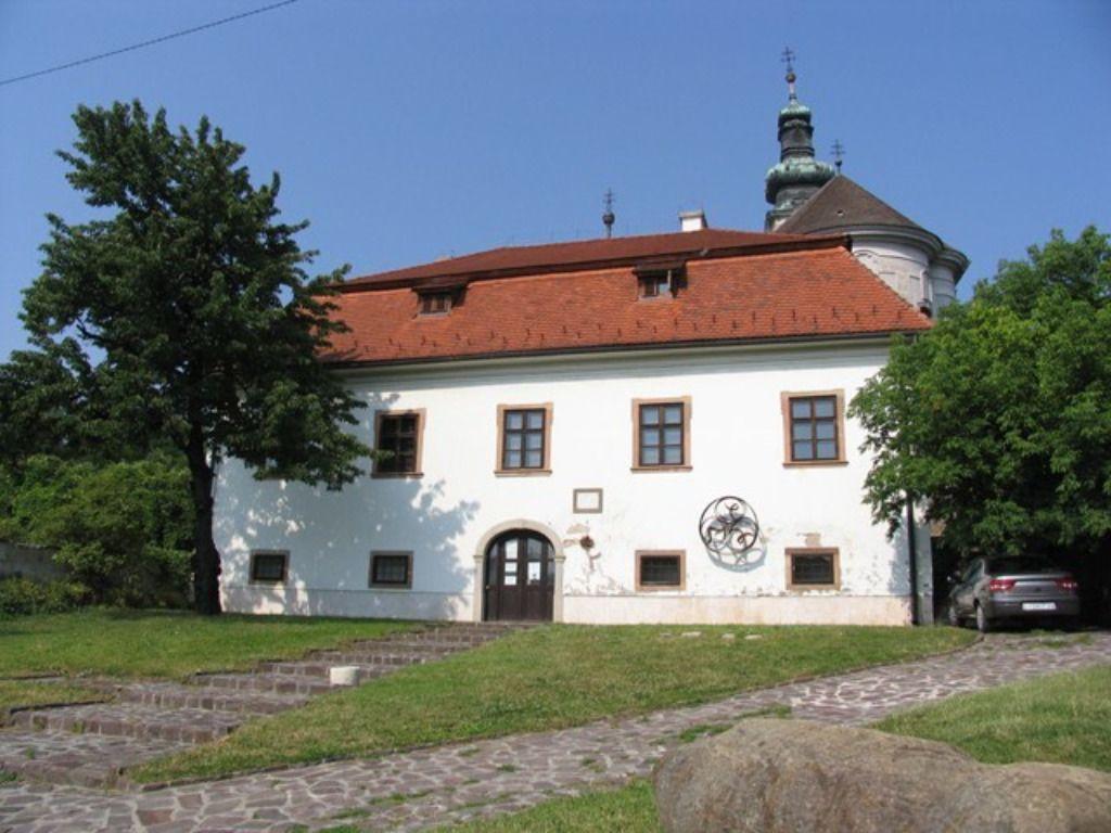 Vitkovics Alkotóház és Művésztelep