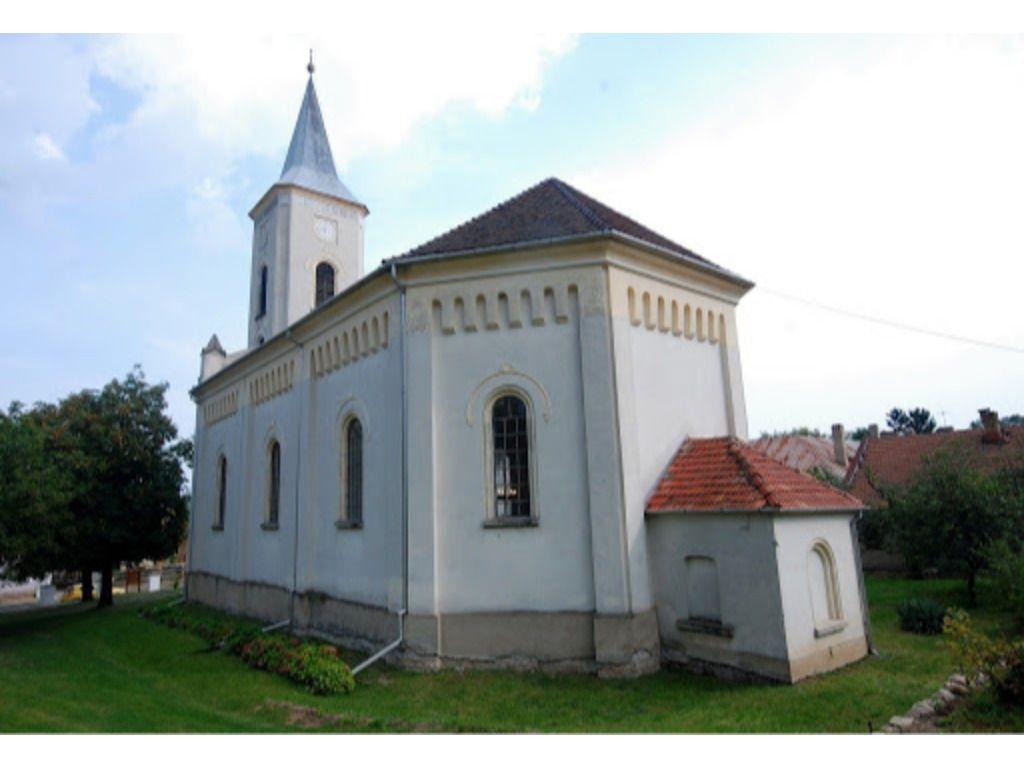 Tolcsvai Református Templom