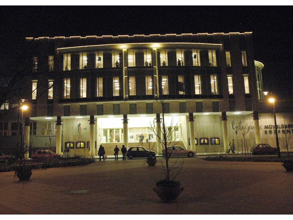 Hírös Agóra Kulturális és Ifjúsági Központ