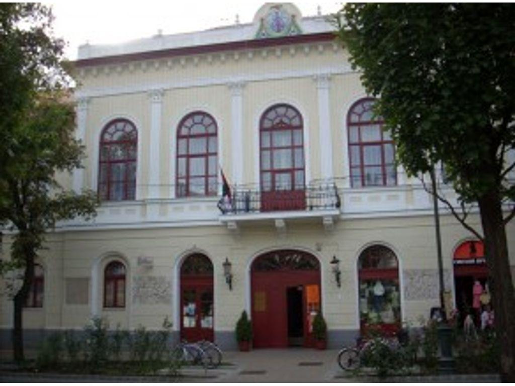 Kéky Lajos Művelődési Központ