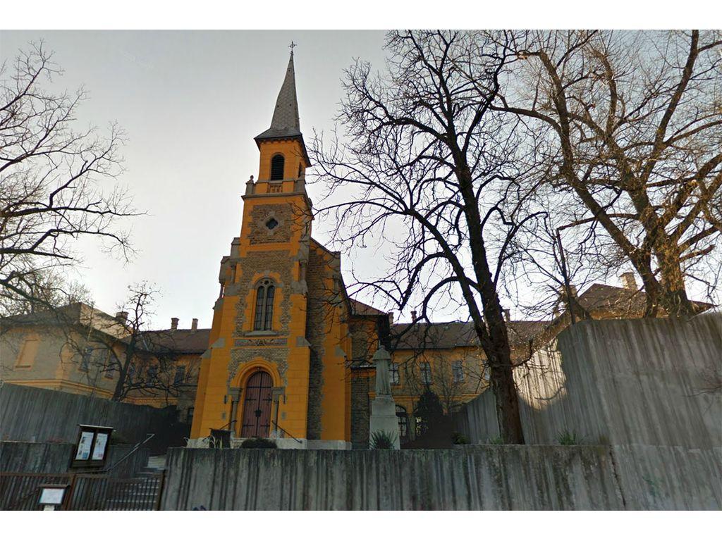 Clarisseum - Szent István Király plébánia