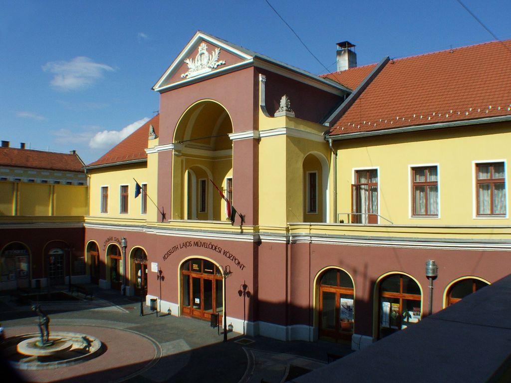 Kossuth Lajos Művelődési Központ