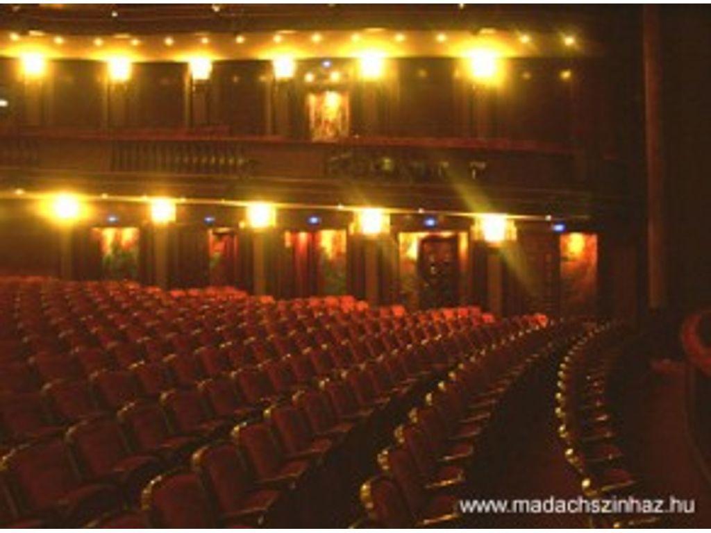 Színház, szerelem és… részletek a Rocksuliból
