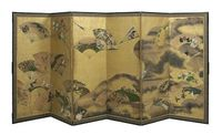 Asian folding screens reshape and upgrade a room's decor