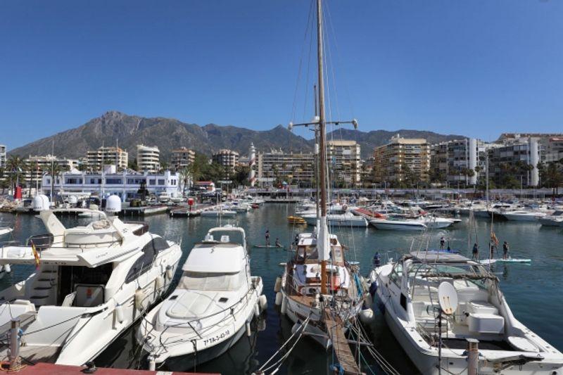 El Puerto Deportivo Virgen del Carmen de Marbella renueva sus certificaciones de calidad para ofrecer a usuarios y visitantes unas instalaciones y servicios basados en la excelencia