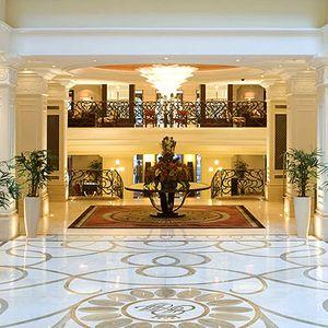 Corinthia Grand Hotel Royal