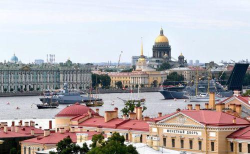 В Петербурге с 8 ноября вводятся новые ограничения из-за коронавируса