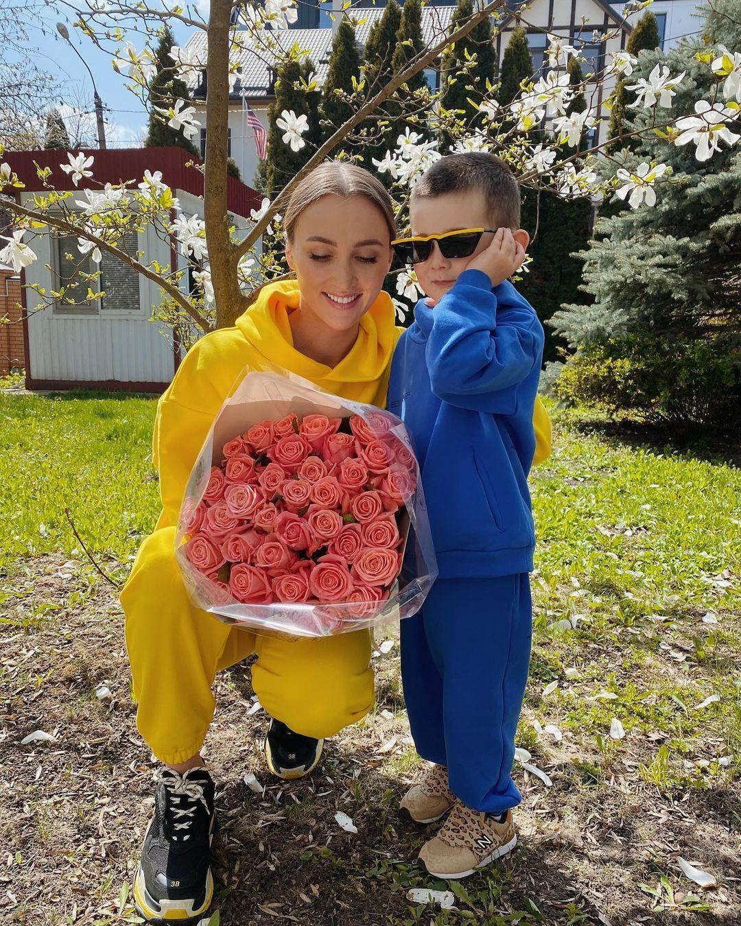 """Різатдінова розчулила зізнанням про сина від екс-регіонала: """"моє серце тане"""""""