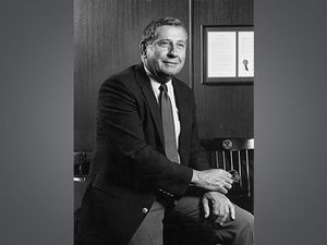 """Charles A. """"Scotty"""" McCallum, former UAB president, remembered"""
