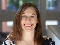 Leslie Ain McClurereceives Janet L. Norwood Award for Outstanding Achievement by a Woman in Statistical Sciences
