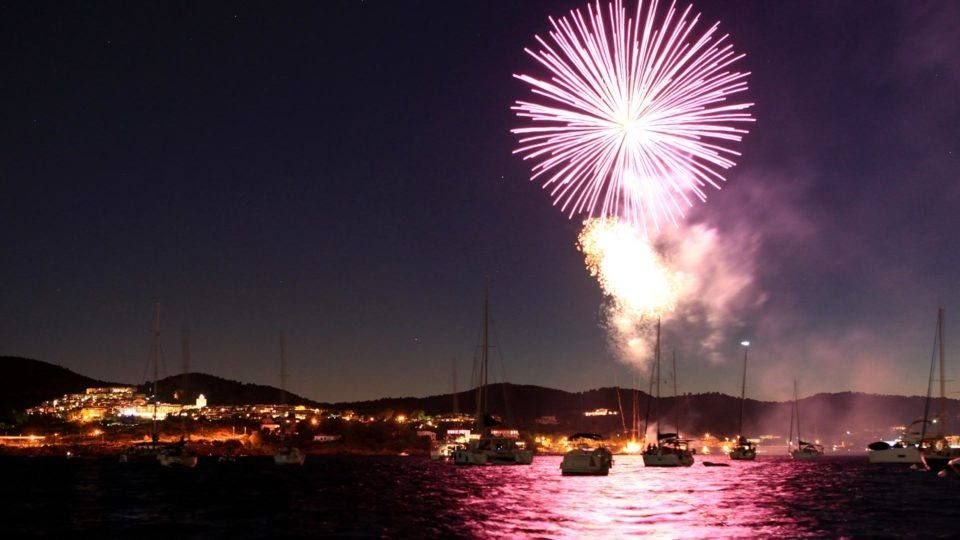 Feu d'artifice à Saint Raphaël