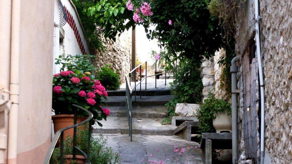 Rue des Anciennes Ecoles à la Cadière d'Azur