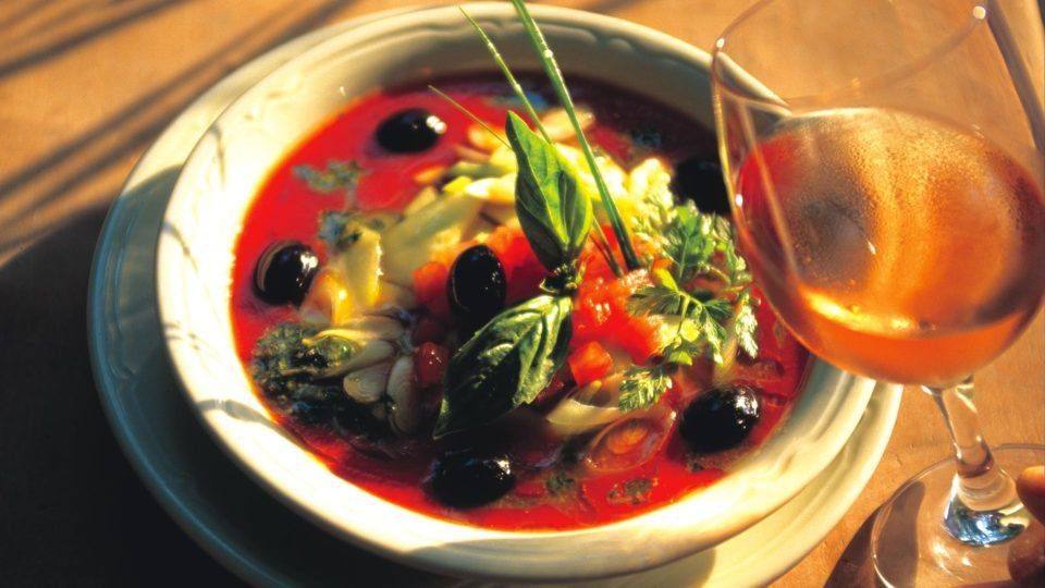 Soupe de tomate et basilic