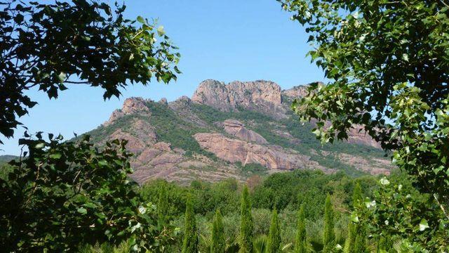 Le rocher de Roquebrune - Var