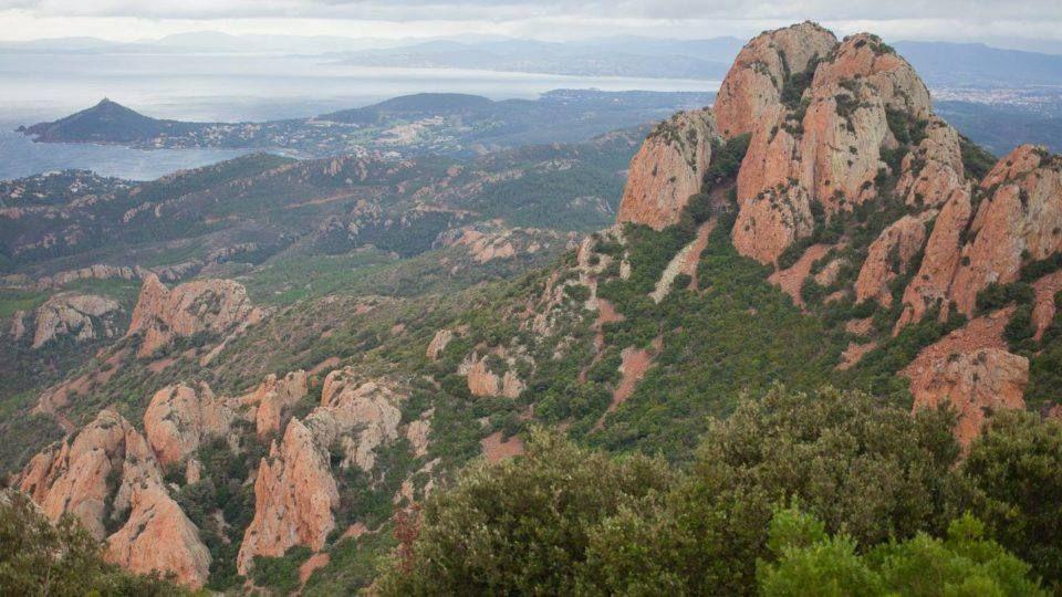 Roches rouges du massif de l'Esterel