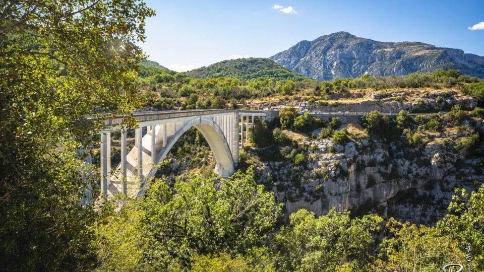 Pont de l'Artuby dans le Verdon