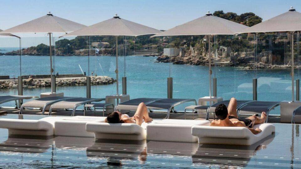bandol hôtel avec piscines vue mer