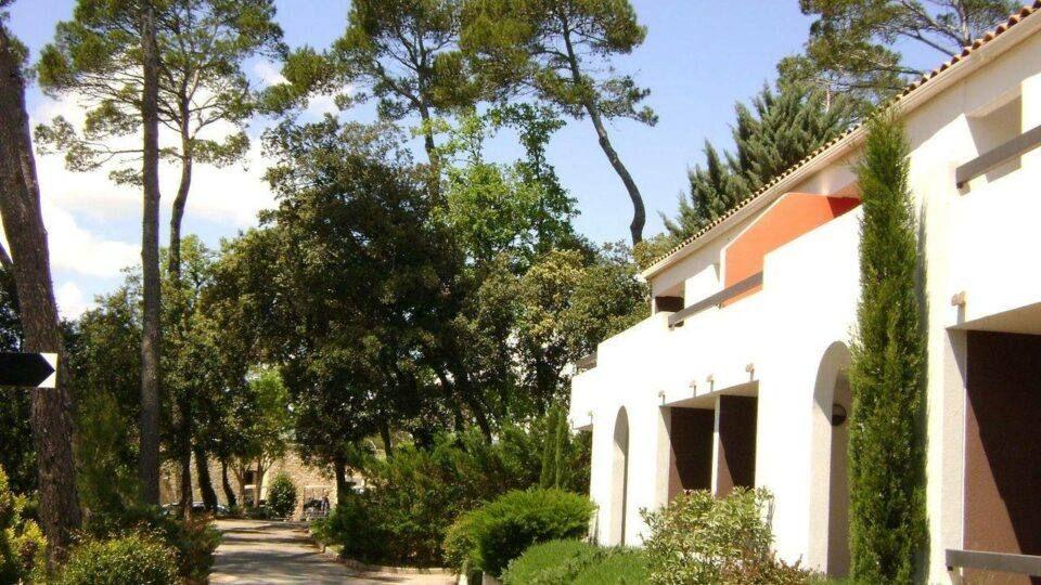 Les jardins et le cadre magnifique de l'hôtel.
