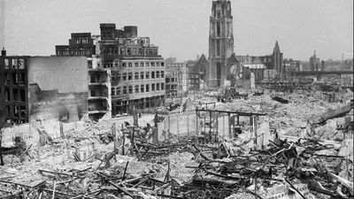 Terug naar 14 mei 1940: de dag dat het hart uit Rotterdam werd gebombardeerd