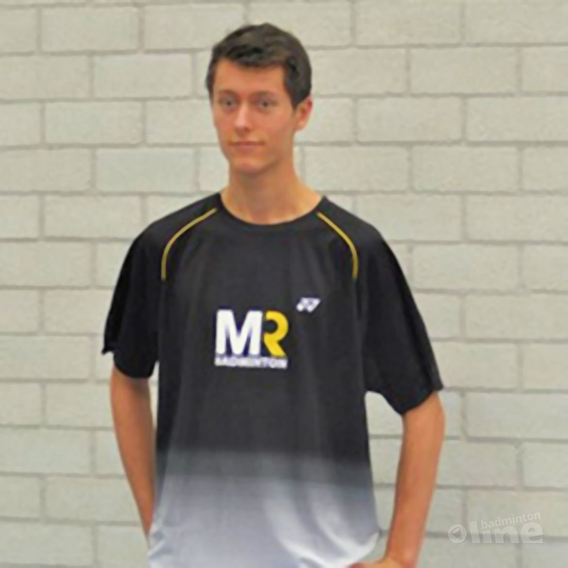 Vincent de Vries wordt gesponsord door MR Badminton