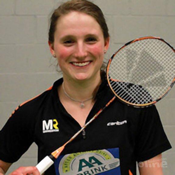 Kirsten van der Valk sluit sponsordeal met MR Badminton - Jan Nijkamp